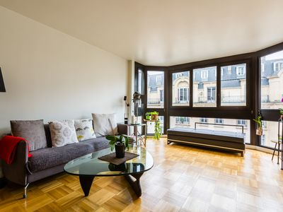 Photo for 2 BR apartment near the Eiffel Tower and Roland Garros stadium (Veeve)