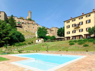 Photo for One bedroom Apartment, sleeps 4 with Pool, FREE WiFi and Walk to Shops