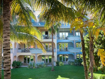 Photo for Laid-back studio, The Ocean at Taino Beach, Oceanfront resort at the best rates!