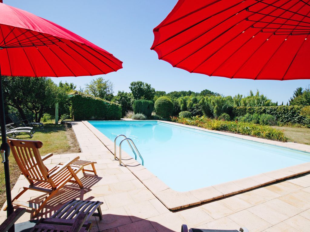 Property Image#10 Come Relax On A Bordeaux Family Vineyard In This Charming  Bright Holiday