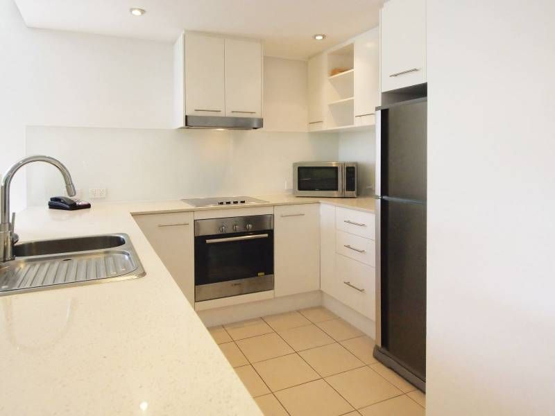 Oaks Gateway On Palmer Two Bedroom Apartment Townsville