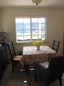 cottage dining area- seats 4