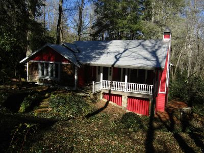 Photo for Charming cottage near Mirror Lake and  downtown Highlands! New central A/C!