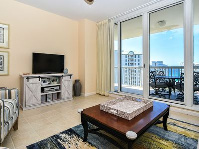 Photo for Fully equipped, colorful, bright condo w/private balcony!