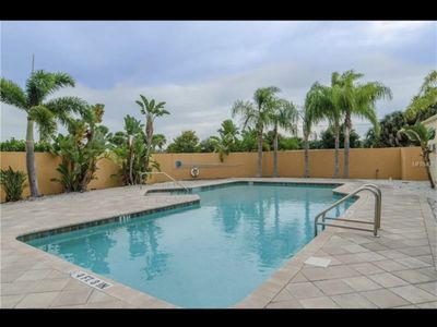 Photo for 2 bdrm townhouse - privacy & fun in one