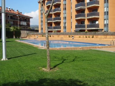Photo for Spectacular two bedroom apartment with pool 8 min. of the beach.