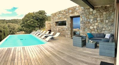 Photo for beautiful air-conditioned villa - panoramic sea view - heated pool