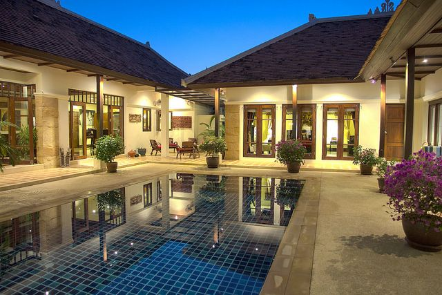 Luxury Pool Villa in quiet surroundings