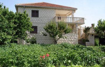 Photo for Apartments Neda, (11488), Povlja, Croatia