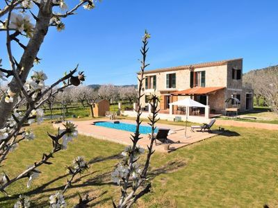Photo for Binissalem Holiday Home, Sleeps 6 with Pool, Air Con and WiFi