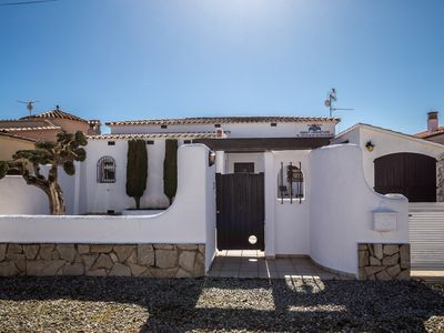 Photo for Empuriabrava: House / Villa - Empuriabrava