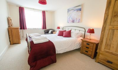 Photo for Cloudbreak Braunton | 4 Bedroom / Sleeps 8 / Dog Friendly