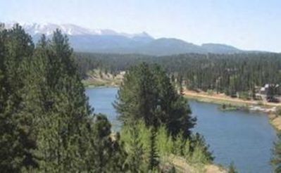 view of lake from the south, Pikes Peak in the background