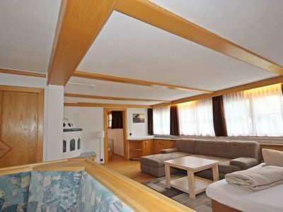 Photo for Apartment Pitztal in Sankt Leonhard im Pitztal - 4 persons, 2 bedrooms