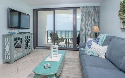 Photo for 5th Floor 2 Bedroom at Island Winds West! On the BEACH!