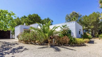 Photo for Your quiet hideaway in Mallorca, near Es Trenc beach