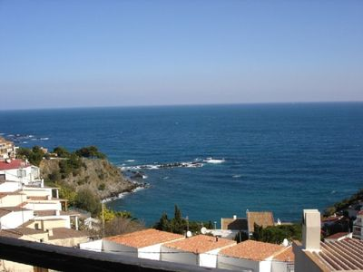Photo for Pleasant apartment for 4 persons, well-appointed, terrace with wonderful view on