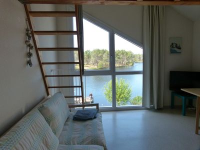 Photo for Apartment superb lake views calmly 30m from the harbor and the beach