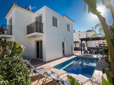 Photo for Villa Sidonos - Modern 3 Bedroom Villa with Private Pool - Walking Distance to the Beach