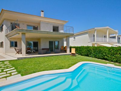 Photo for Fantastic villa in first line with private pool on a small beach