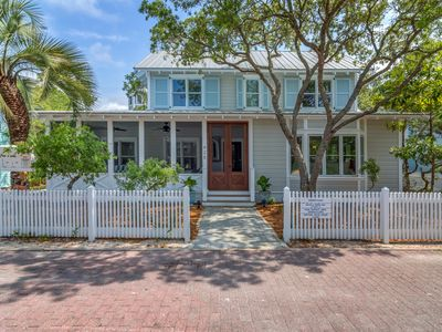Photo for In Seaside Proper 'Summer Place' BRAND NEW+CUSTOM 3br Sleeps 10 Pet Friendly!