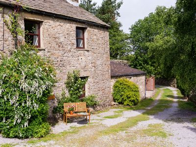 Photo for Cosy Cottage with stunning views