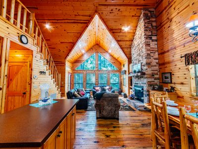 Photo for Bella Notte is located on private wooded acreage just outside the Beavers Bend S