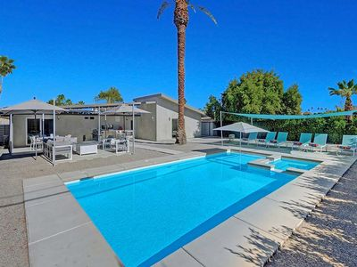 Photo for 3bdrm/2bath Pool Home near the Finest Shopping & Dining District!