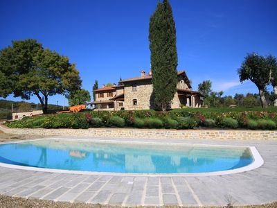 Photo for Dreamlike detached holiday property in Tuscany, panoramic location, private pool