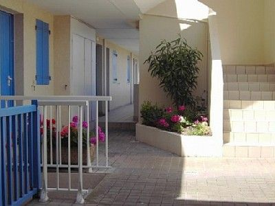 Photo for Sunny apartment Quiet good Standing 300 meters Sea Beach fine sand Forest