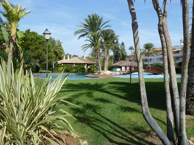 Photo for Nice appartment, High standard, 4/6 people. Swimming pool