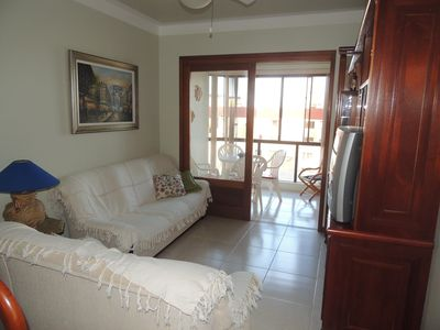 Photo for Two bedrooms with sea view in the center. Célio Marques