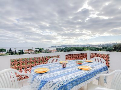 Photo for Apartment Riva Bella in Cavalaire - 2 persons, 1 bedrooms