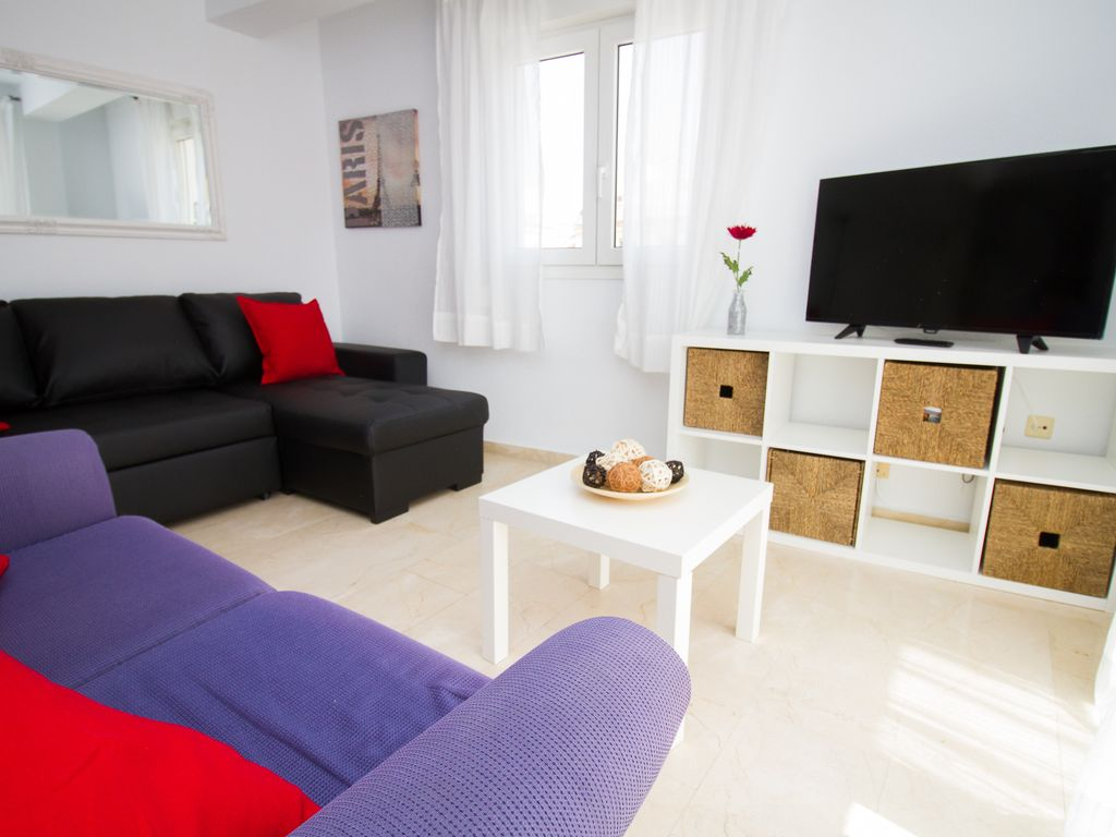 Libra Apartment Morgan Building 5 A El Palo Andalusia  # Muebles Mogar Malaga