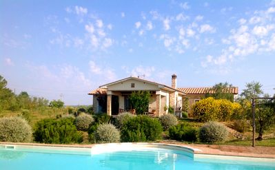 Photo for Private pool, stunning country views, sleeps from 4 to 6 people