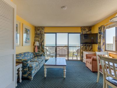 Photo for Clear Ocean Views,Comfortable,clean,near Skywheel,pool onsite!