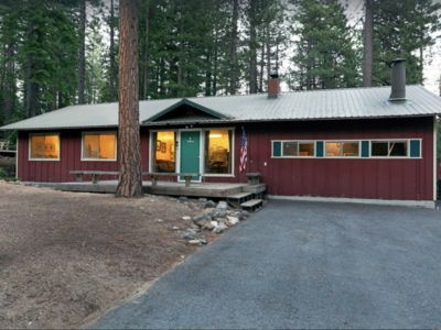 Peaceful Creekside Home on 1/2 acre lot (fenced),  Incline Village
