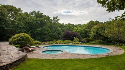 Photo for New Listing: Elegantly Decorated, 1.8 Acres of Landscaped Perfection, Close to Golf & Beaches
