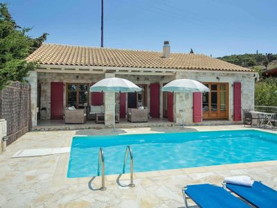 Photo for 2 bedroom Villa, sleeps 4 in Markantonáta with Pool, Air Con and WiFi