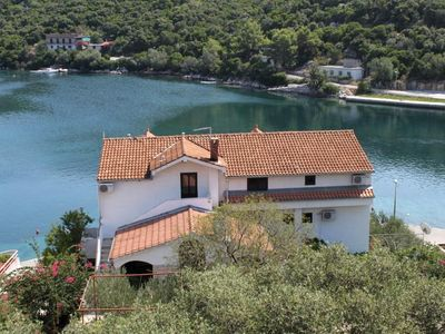Photo for One bedroom apartment with balcony and sea view Pasadur (Lastovo)
