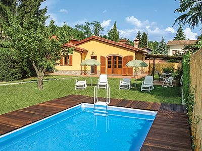 Photo for Family villa w/ wi-fi, nintendo wii and pool minutes from downtown