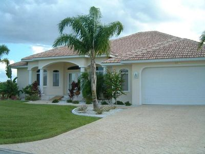 Photo for Exclusive dream villa in a quiet location, directly at the channel