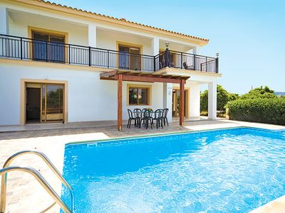 Photo for Spacious villa set amongst orchards, close to picturesque harbour with waterside restaurants