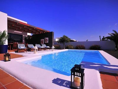 Photo for Villa VISBELTA in Playa Blanca for 4 persons with pool, garden, WIFI and less than 2000m to the sea