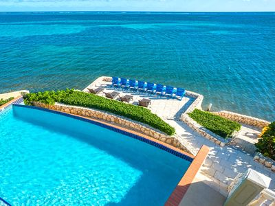 Cayman Castle: Gated Family Estate w/Infinity Pool, Private Beach, Free Kayaks