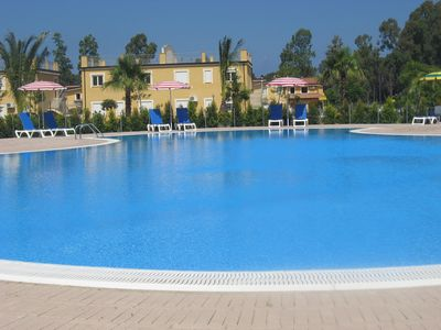 Photo for Amazing Studio Apartment with free Wifi, on resort, with 2 pools - pets welcome