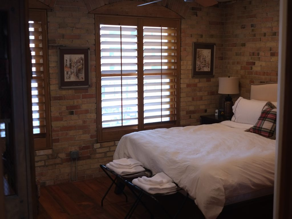 Property Image#8 Central Downtown Warehouse Loft in Salt Lake City