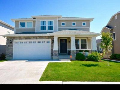 Photo for Family Friendly- Golf Course , Wedding, minutes from BYU, UVU, MTC, Ski Resorts