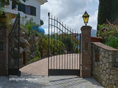 Photo for Sea view and near the beach - Villa Bianca