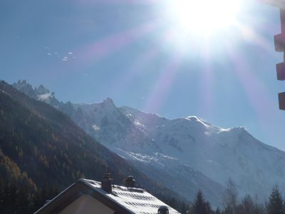 Photo for Walking distance Grands-Montets ski lift - Centre village - Views Mont-Blanc !!